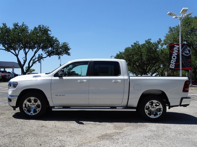 2019 Ram 1500 Crew Cab 4x2,  Pickup #D15849 - photo 6