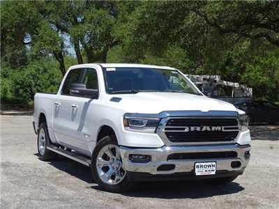 2019 Ram 1500 Crew Cab 4x2,  Pickup #D15849 - photo 3