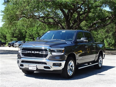 2019 Ram 1500 Crew Cab 4x4,  Pickup #D15852 - photo 5