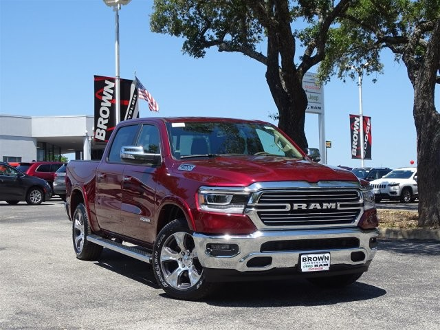 2019 Ram 1500 Crew Cab 4x4,  Pickup #D15866 - photo 3