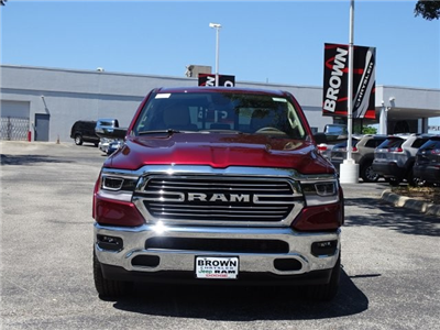 2019 Ram 1500 Crew Cab 4x4,  Pickup #D15866 - photo 4