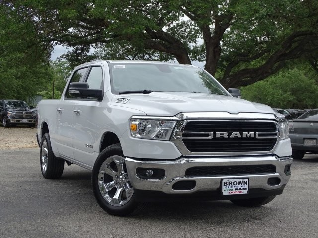 2019 Ram 1500 Crew Cab 4x2,  Pickup #D15916 - photo 6