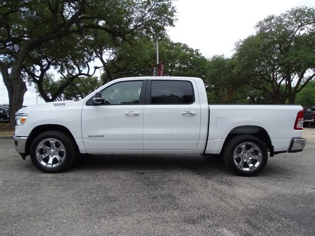 2019 Ram 1500 Crew Cab 4x2,  Pickup #D15916 - photo 5