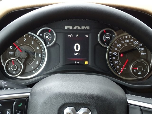 2019 Ram 1500 Crew Cab 4x2,  Pickup #D15916 - photo 11
