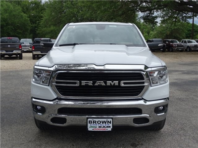 2019 Ram 1500 Crew Cab 4x2,  Pickup #D15916 - photo 3