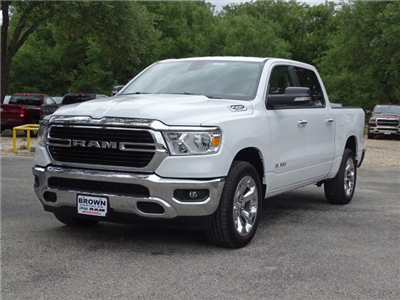 2019 Ram 1500 Crew Cab 4x2,  Pickup #D15916 - photo 4