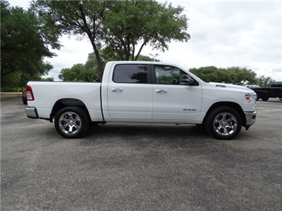 2019 Ram 1500 Crew Cab 4x2,  Pickup #D15916 - photo 9