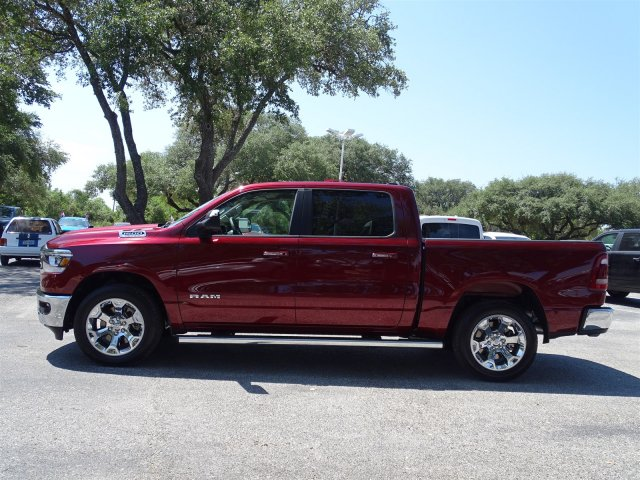 2019 Ram 1500 Crew Cab 4x2,  Pickup #D15927 - photo 5