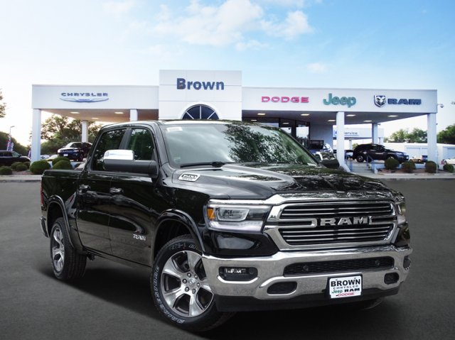 2019 Ram 1500 Crew Cab 4x2,  Pickup #D15930 - photo 1
