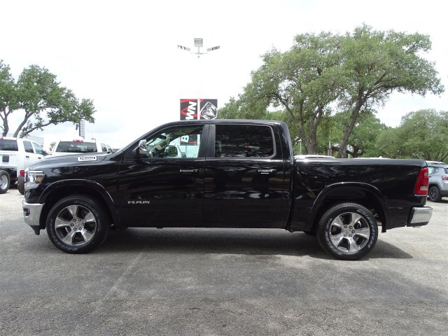 2019 Ram 1500 Crew Cab 4x2,  Pickup #D15930 - photo 5