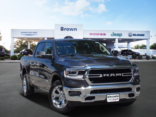 2019 Ram 1500 Crew Cab 4x2,  Pickup #D15934 - photo 1