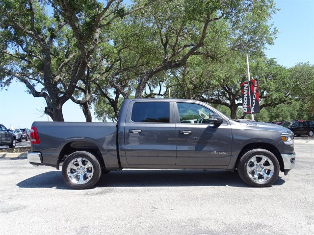 2019 Ram 1500 Crew Cab 4x2,  Pickup #D15934 - photo 8