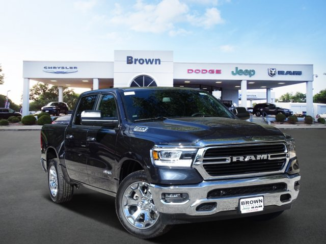 2019 Ram 1500 Crew Cab 4x2,  Pickup #D15945 - photo 1