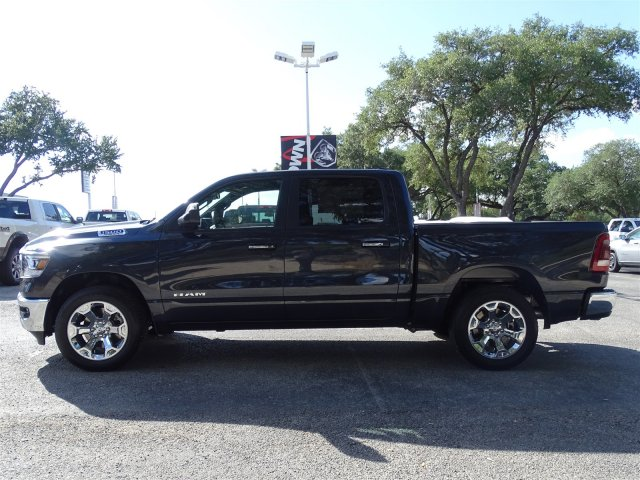 2019 Ram 1500 Crew Cab 4x2,  Pickup #D15945 - photo 5