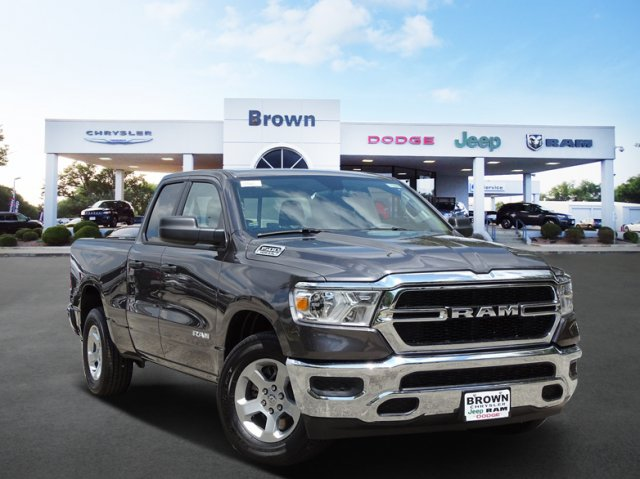 2019 Ram 1500 Quad Cab 4x2,  Pickup #D15986 - photo 1