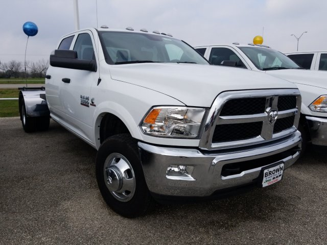 2018 Ram 3500 Crew Cab DRW 4x4,  Hauler Body #D15991 - photo 1
