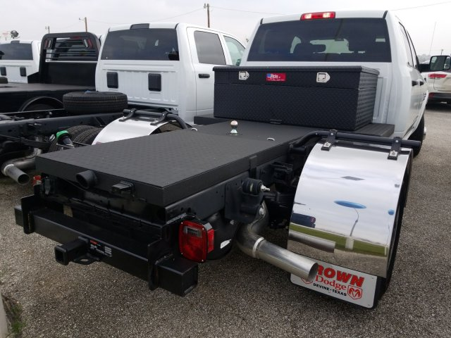 2018 Ram 3500 Crew Cab DRW 4x4,  Hauler Body #D15991 - photo 2