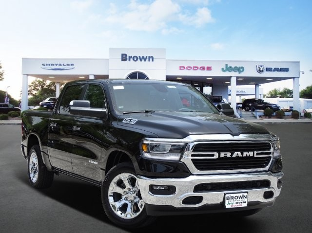 2019 Ram 1500 Crew Cab 4x2,  Pickup #D16041 - photo 1