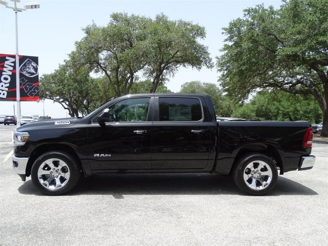2019 Ram 1500 Crew Cab 4x2,  Pickup #D16041 - photo 6