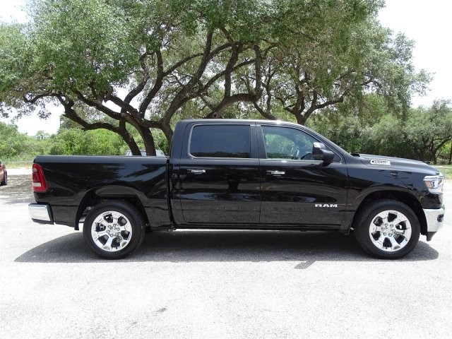 2019 Ram 1500 Crew Cab 4x2,  Pickup #D16041 - photo 9