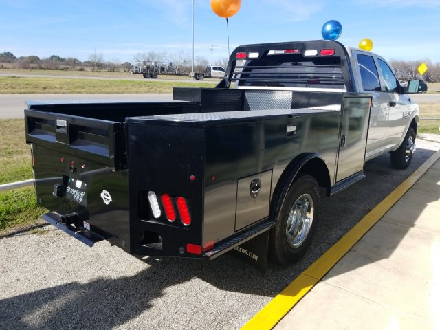 2018 Ram 3500 Crew Cab DRW 4x4,  PJ Truck Beds Hauler Body #D16042 - photo 2