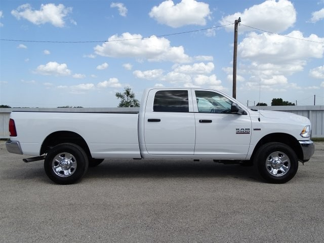 2018 Ram 3500 Crew Cab 4x4,  Pickup #D16047 - photo 9