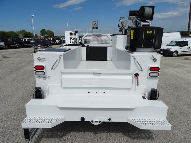 2018 Ram 5500 Regular Cab DRW 4x2,  Crane Body #D16052 - photo 12