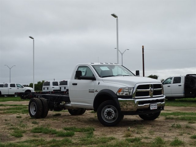 2018 Ram 5500 Regular Cab DRW 4x2,  Cab Chassis #D16053 - photo 3