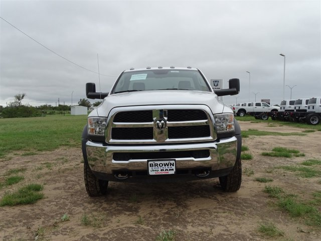 2018 Ram 5500 Regular Cab DRW 4x2,  Cab Chassis #D16053 - photo 4