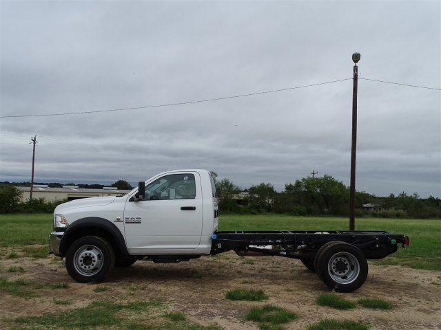 2018 Ram 5500 Regular Cab DRW 4x2,  Cab Chassis #D16053 - photo 6