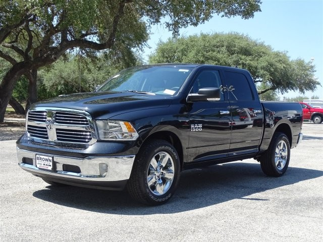 2018 Ram 1500 Crew Cab 4x2,  Pickup #D16068 - photo 3