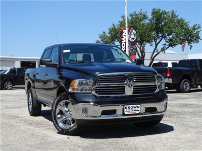 2018 Ram 1500 Crew Cab 4x2,  Pickup #D16068 - photo 5
