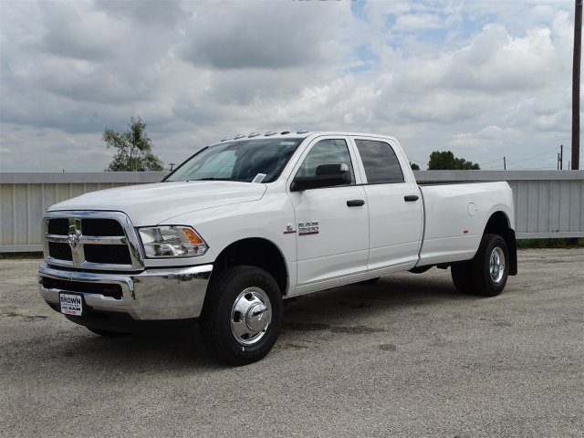 2018 Ram 3500 Crew Cab DRW 4x4,  Pickup #D16132 - photo 4