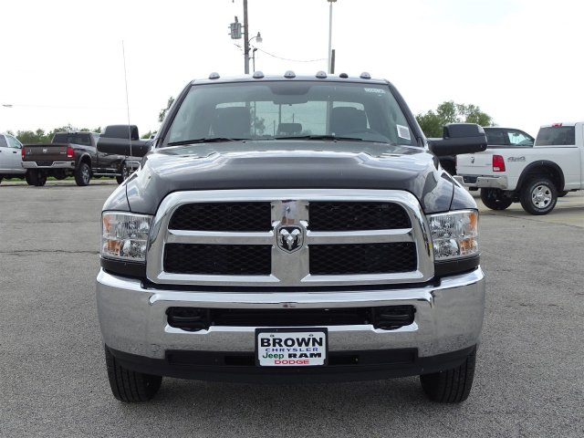 2018 Ram 3500 Crew Cab DRW 4x4,  Pickup #D16136 - photo 4