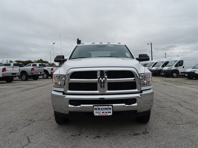 2018 Ram 3500 Crew Cab DRW 4x4,  Auto Crane Crane Body #D16182 - photo 4