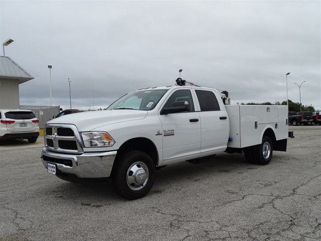 2018 Ram 3500 Crew Cab DRW 4x4,  Auto Crane Crane Body #D16182 - photo 5