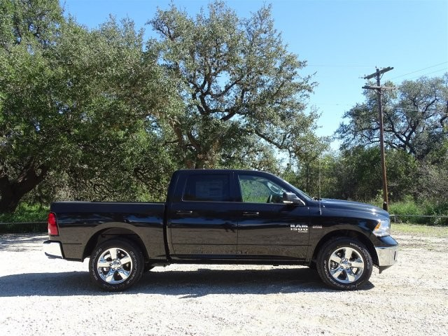 2019 Ram 1500 Crew Cab 4x2,  Pickup #D16269 - photo 9