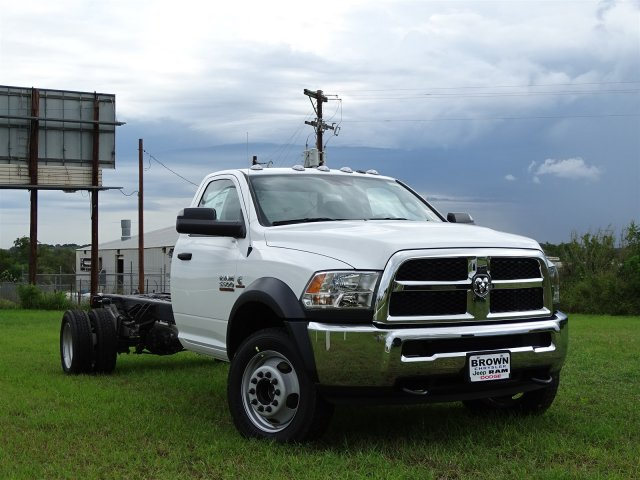2018 Ram 5500 Regular Cab DRW 4x2,  Cab Chassis #D16271 - photo 3