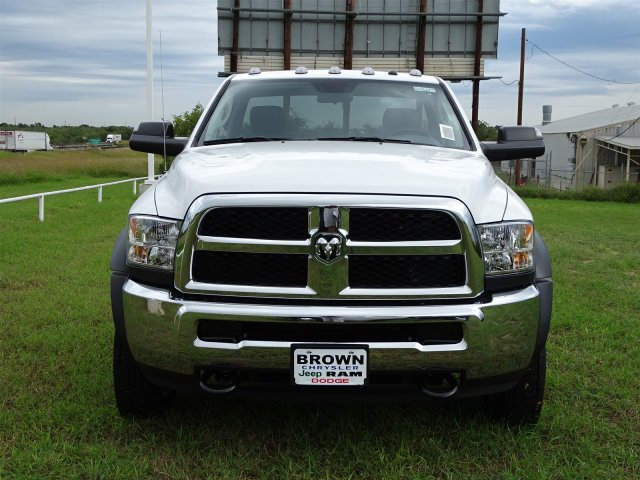 2018 Ram 5500 Regular Cab DRW 4x2,  Cab Chassis #D16271 - photo 4