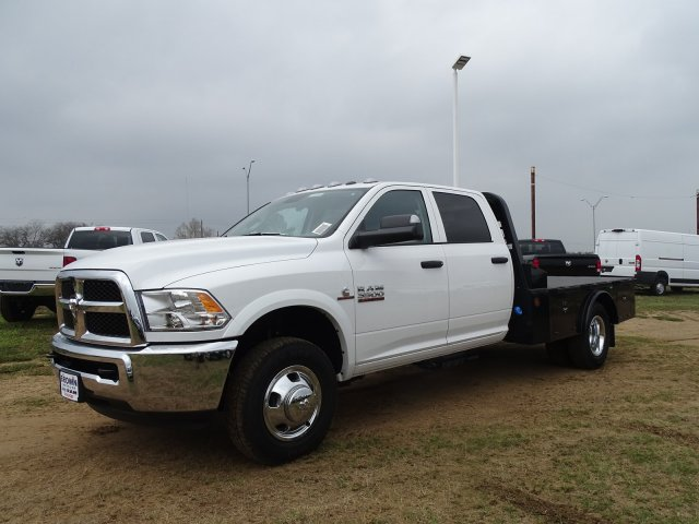 2018 Ram 3500 Crew Cab DRW 4x4,  Norstar Platform Body #D16294 - photo 3