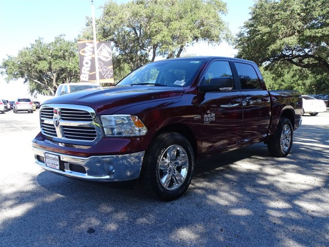 2019 Ram 1500 Crew Cab 4x2,  Pickup #D16301 - photo 5