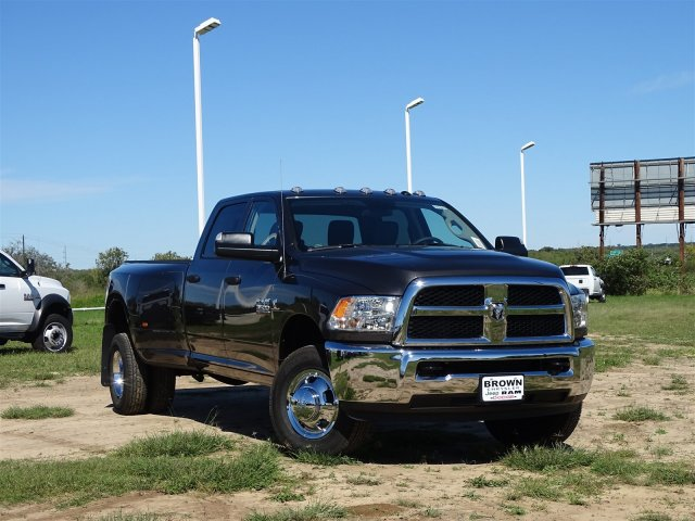 2018 Ram 3500 Crew Cab DRW 4x4,  Pickup #D16317 - photo 3
