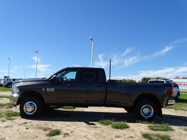 2018 Ram 3500 Crew Cab DRW 4x4,  Pickup #D16317 - photo 6