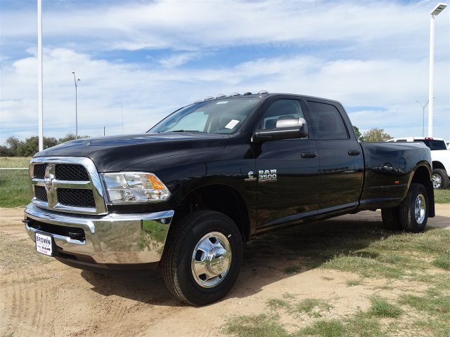 2018 Ram 3500 Crew Cab DRW 4x4,  Pickup #D16325 - photo 3