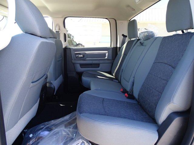 2018 Ram 3500 Crew Cab DRW 4x4,  Hauler Body #D16480 - photo 14