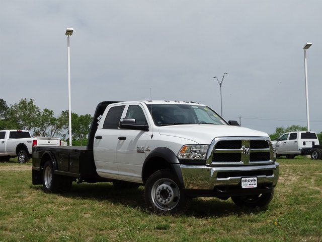 2018 Ram 5500 Crew Cab DRW 4x4,  Knapheide Platform Body #D16578 - photo 4
