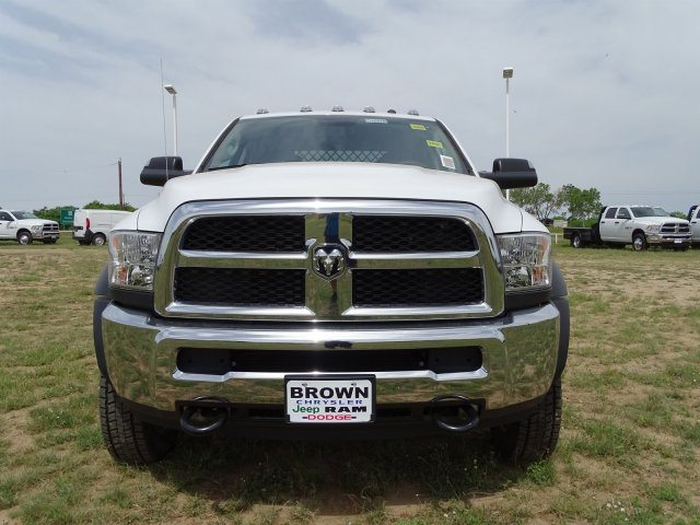 2018 Ram 5500 Crew Cab DRW 4x4,  Knapheide Platform Body #D16578 - photo 5