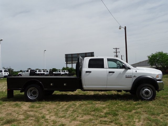 2018 Ram 5500 Crew Cab DRW 4x4,  Knapheide Platform Body #D16578 - photo 9