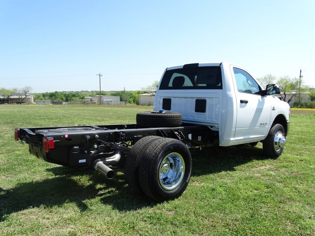 2019 Ram 3500 Regular Cab DRW 4x4,  Cab Chassis #D16633 - photo 2