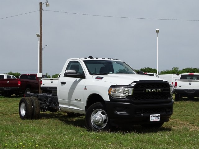 2019 Ram 3500 Regular Cab DRW 4x2,  Cab Chassis #D16656 - photo 6